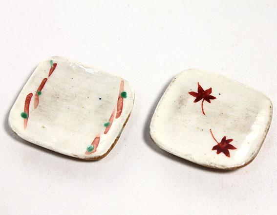 画像1: 陶芸・赤絵角皿/1枚