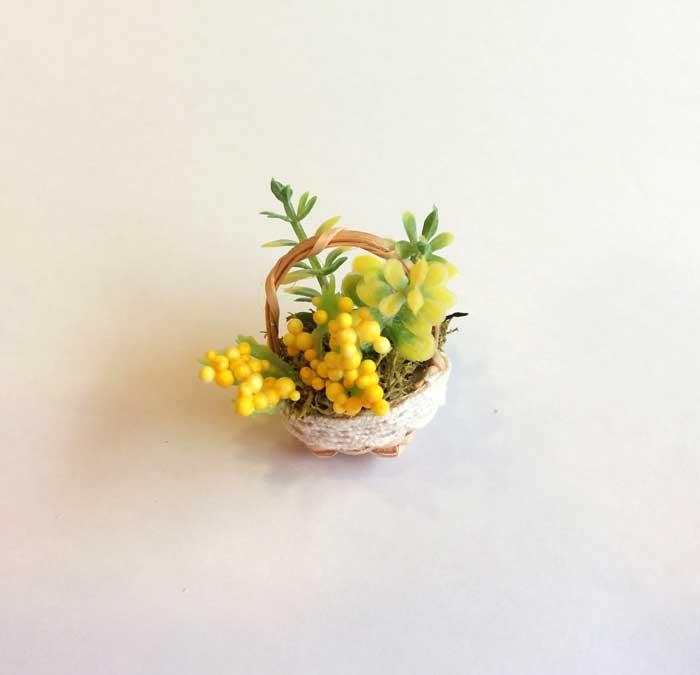 画像1:  ミニかご寄せ植え・黄花