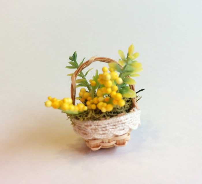 画像2:  ミニかご寄せ植え・黄花