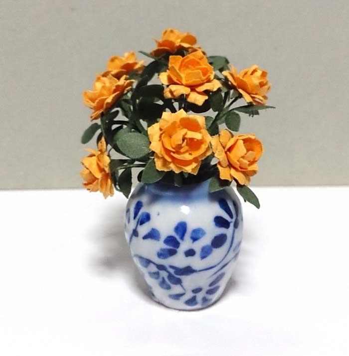 画像1: 大輪バラ 花瓶入り・イエロー