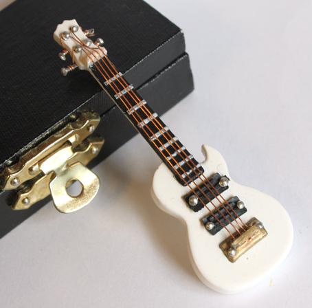 画像2: エレキギター・レスポール・ホワイト