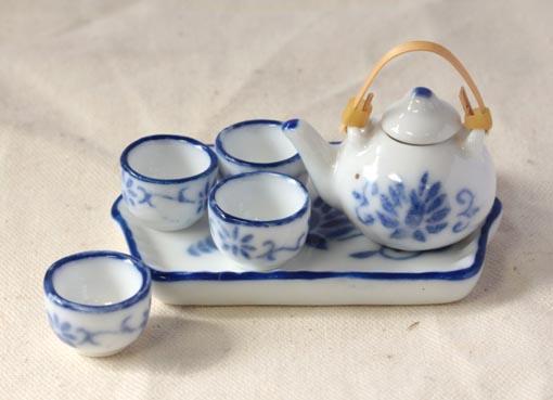画像1: 急須とお湯のみセット・ブルー唐草