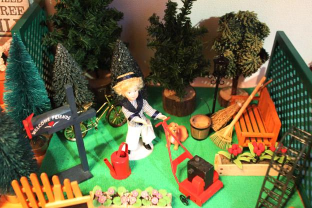 画像1: ガーデンで芝刈りのお手伝い☆