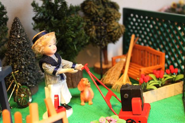 画像4: ガーデンで芝刈りのお手伝い☆