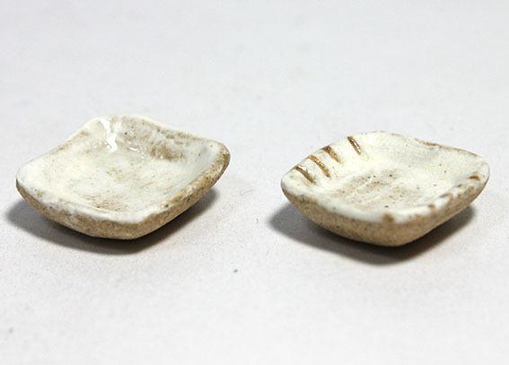 画像2: 陶芸・粉引角小皿1枚(特価)