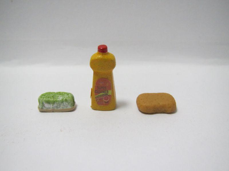 画像2: 洗剤とタワシ