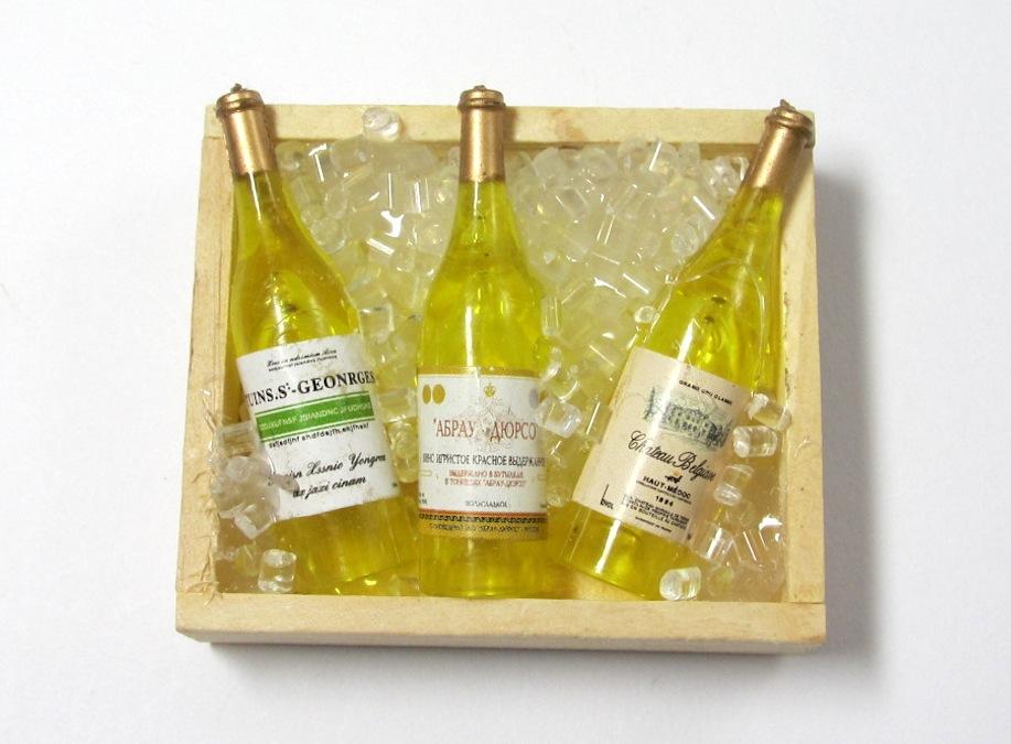 画像1: ワイン 氷入りBOX(白ワイン)