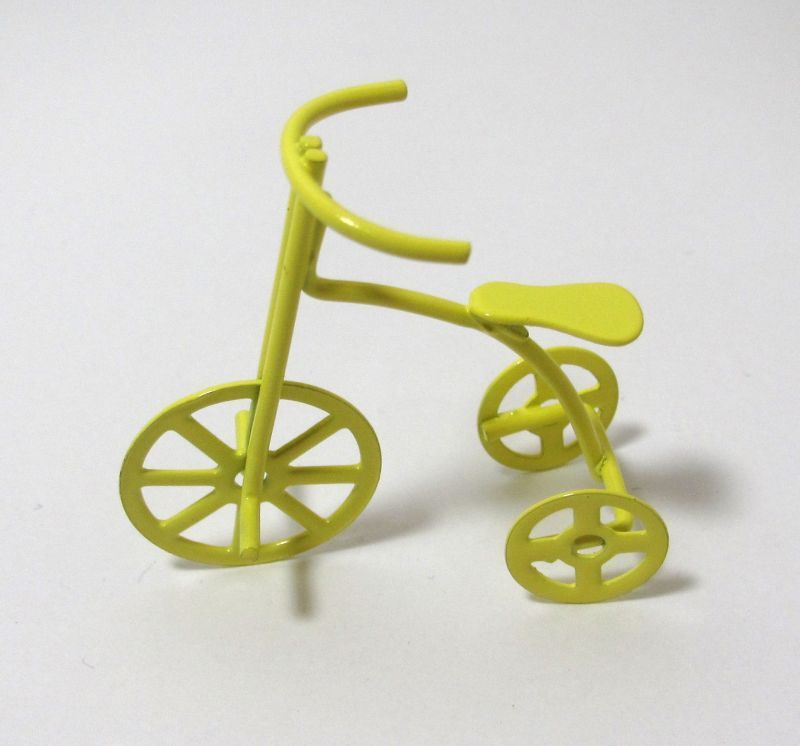 画像1: 三輪車・黄色