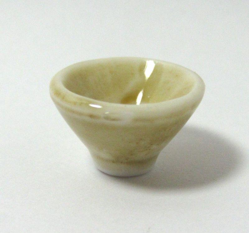 画像1: 陶器茶碗・ベージュ