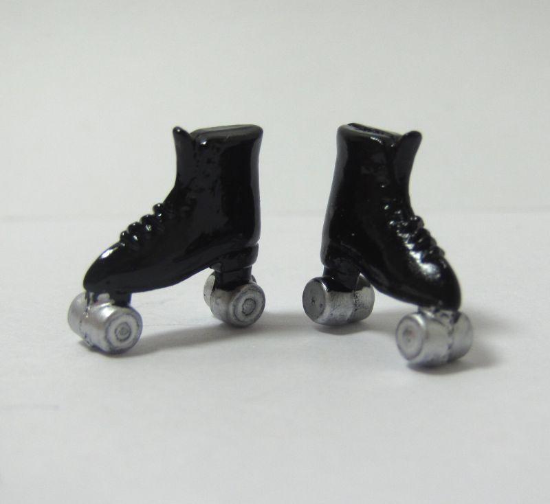 画像1: ローラースケート・黒