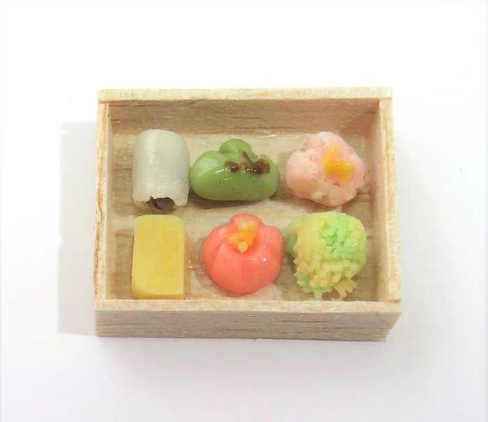 画像1: 和菓子(箱入り)