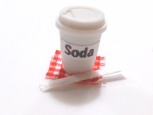 画像4: カップ入りソーダ
