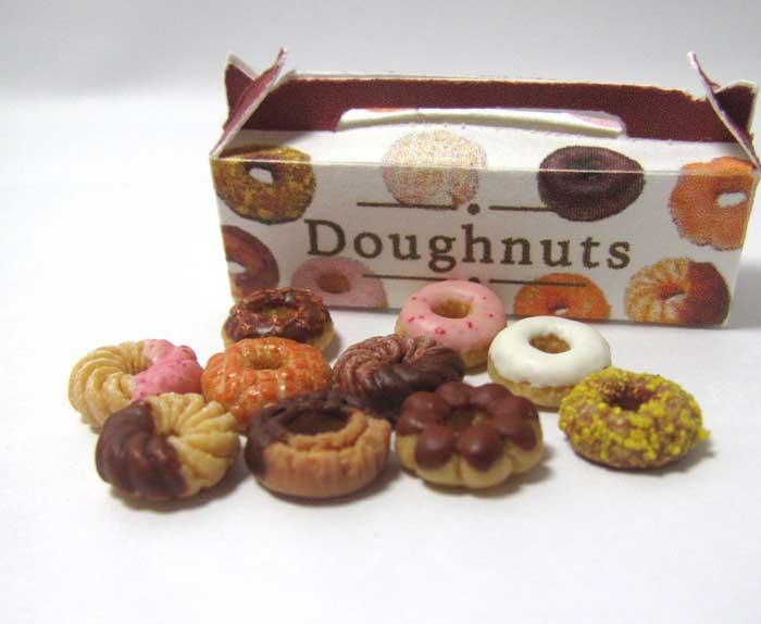 画像1: ドーナツ10個セット・箱付き