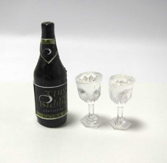画像1: シャンパンとグラス2個