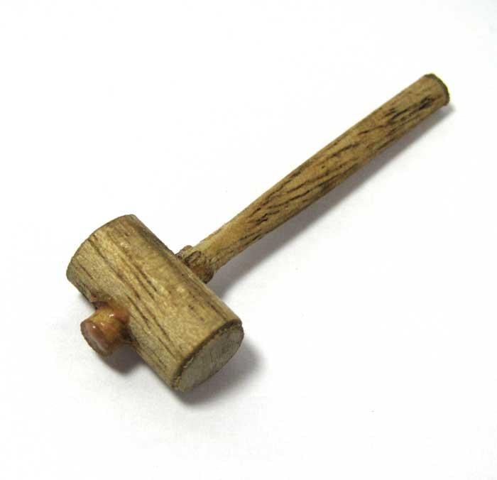 画像1: 木製ハンマー