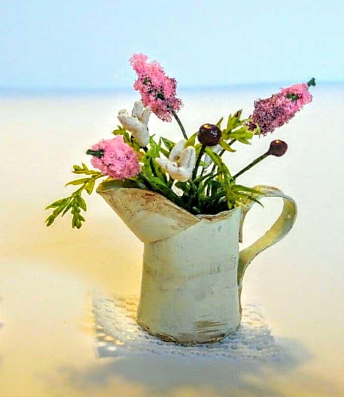 画像1: ジャグに活けた野の花(ピンク)