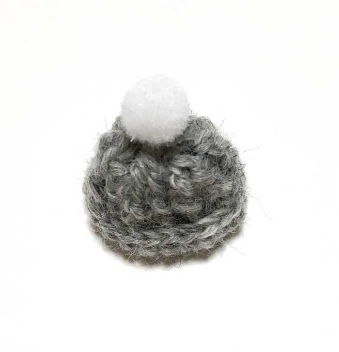 画像2: ポンポンつき ニット帽 (グレー)