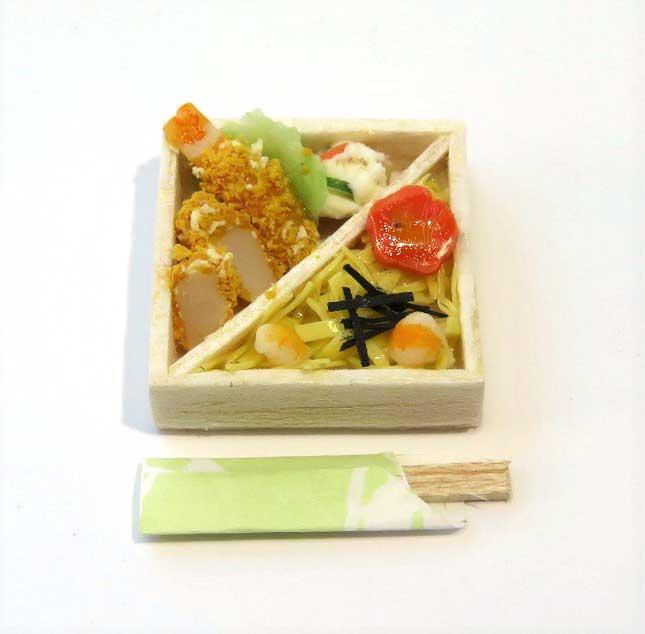画像1: ちらし寿司弁当(特価)