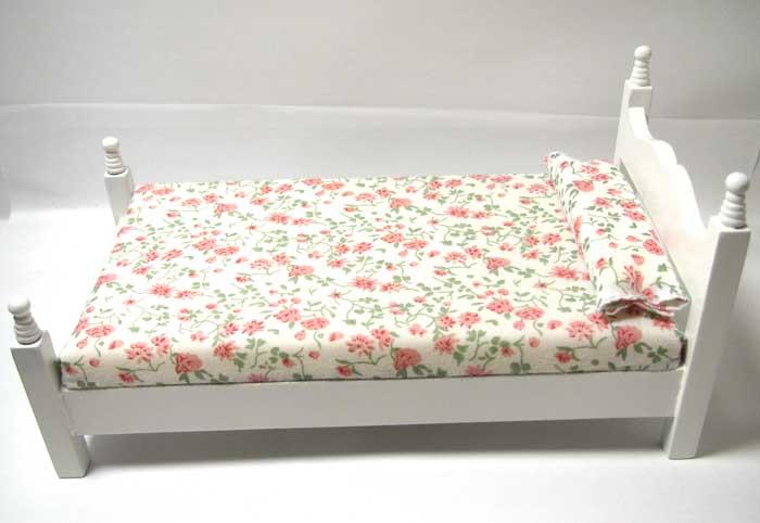 画像1: シングルベッド白花柄(処分品)