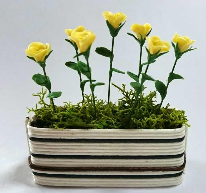 画像1: プランター・バラ黄色
