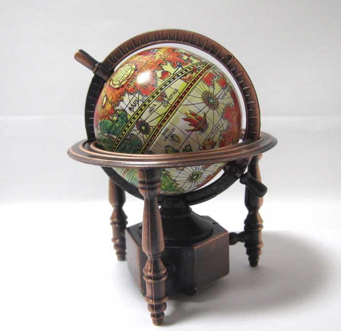 画像1: 地球儀・旧型
