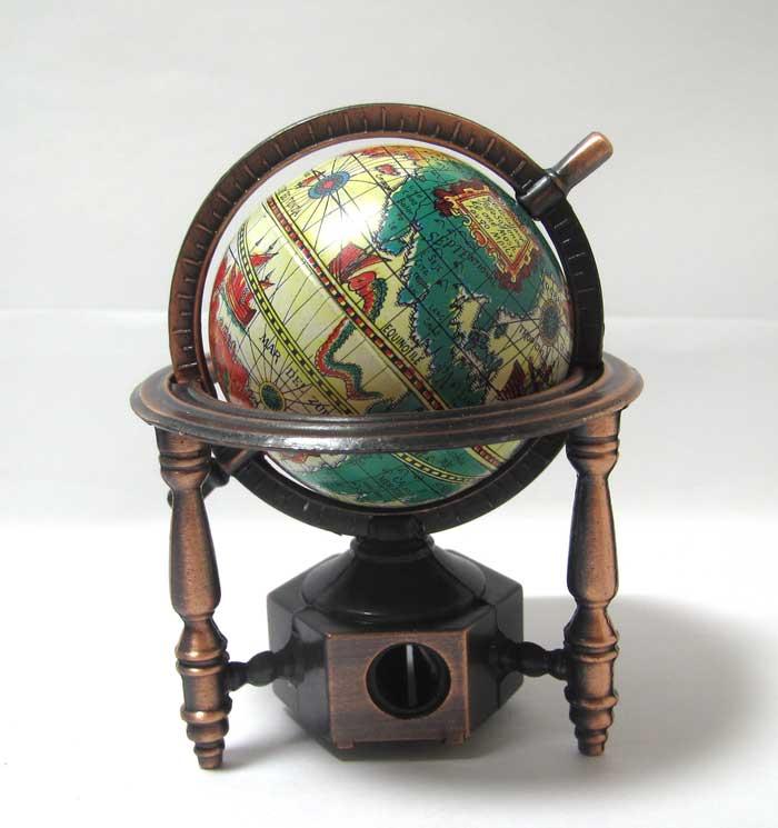 画像2: 地球儀・旧型