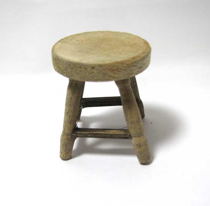 画像2: 木製スツール小・アンティーク風