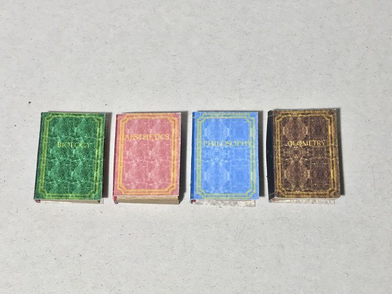画像1: レザープリント表紙ミニチュアブック