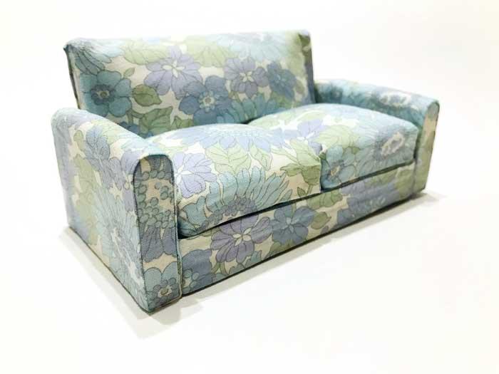 画像3: ブルー系花柄ソファー