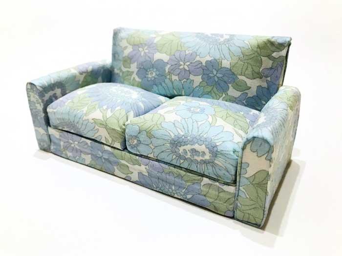 画像1: ブルー系花柄ソファー