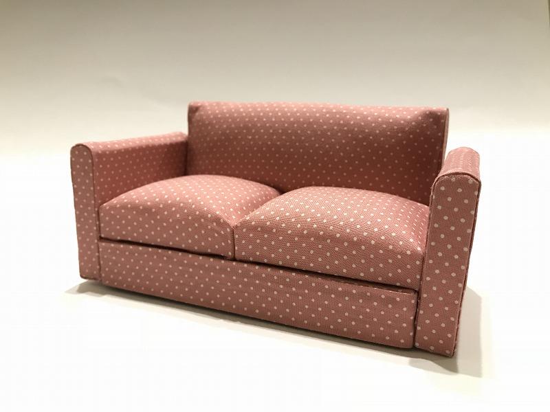 画像1: ドット柄ピンク系ソファー