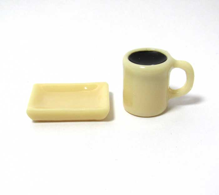 画像1: マグカップ入りコーヒーとトレイセット