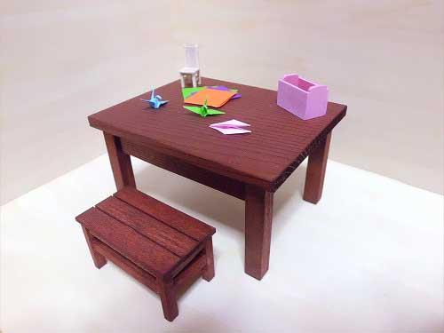 画像1: 机といすのセット(折り紙)