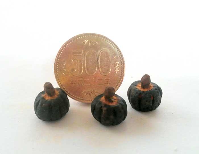 画像2: ミニ かぼちゃ1個