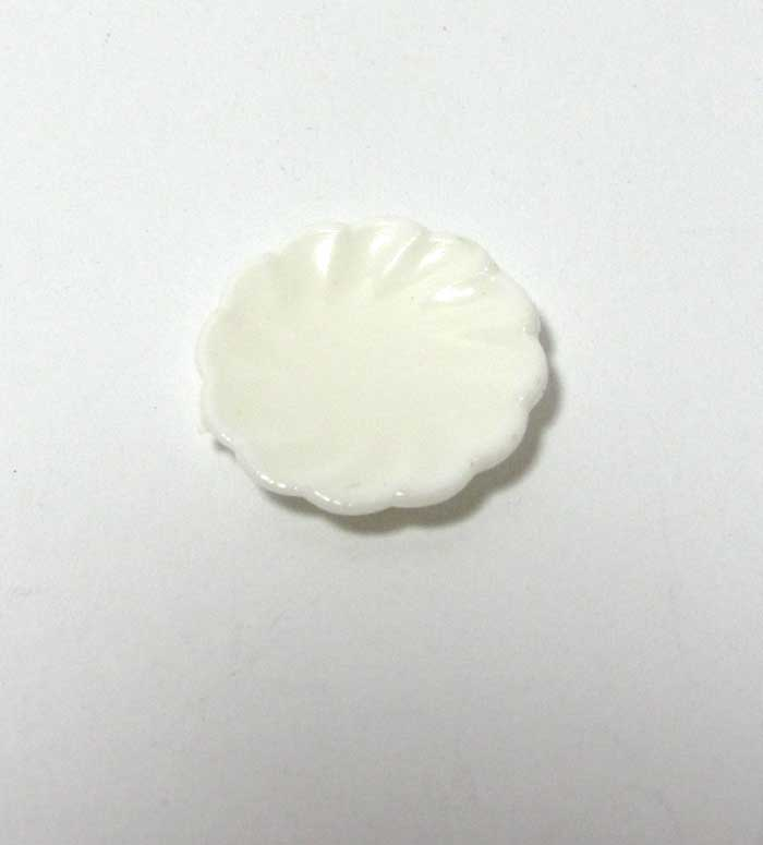 画像1: 白い平皿・プラスチック