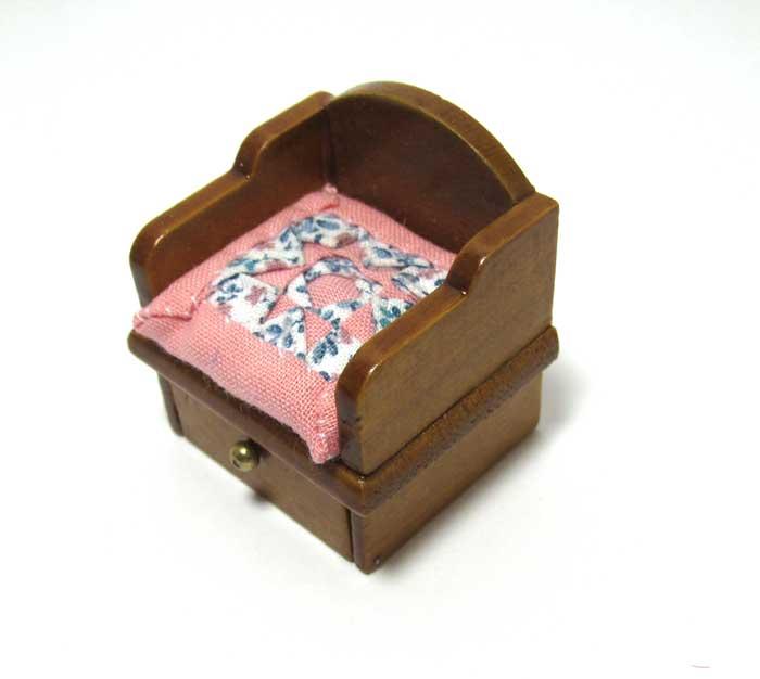 画像2: キルトクッション付き座椅子・ 濃ピンク
