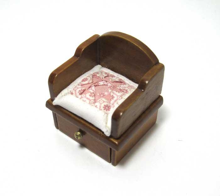 画像1: キルトクッション付き座椅子・薄ピンク