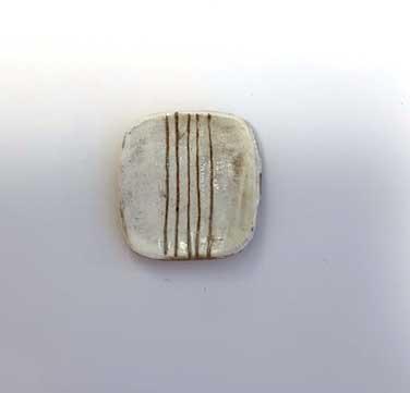 画像2: 陶芸・粉引角皿・5本線