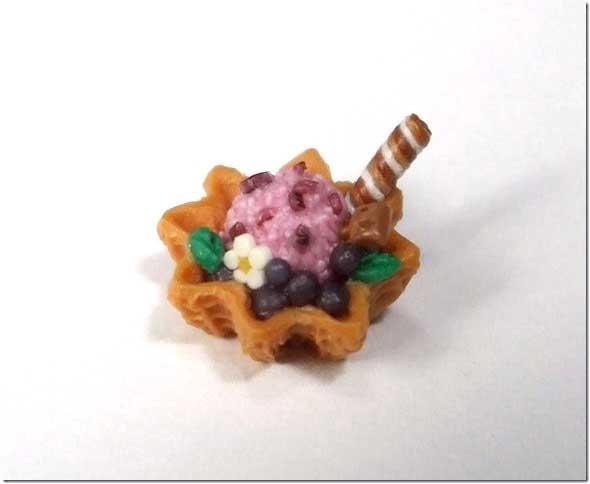 画像1: ワッフルカップアイス(ブルーベリー)