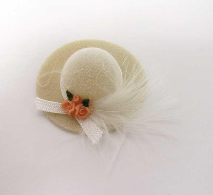 画像1: ホワイト羽根つき帽子