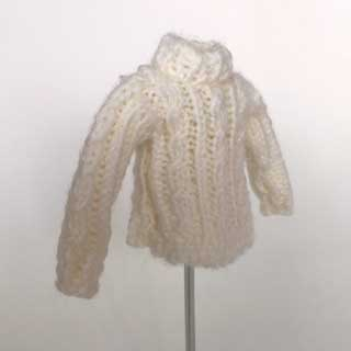 画像2: 白いセーター
