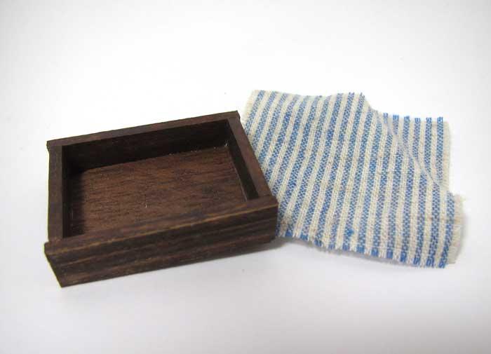 画像2: パン箱・ブルー布