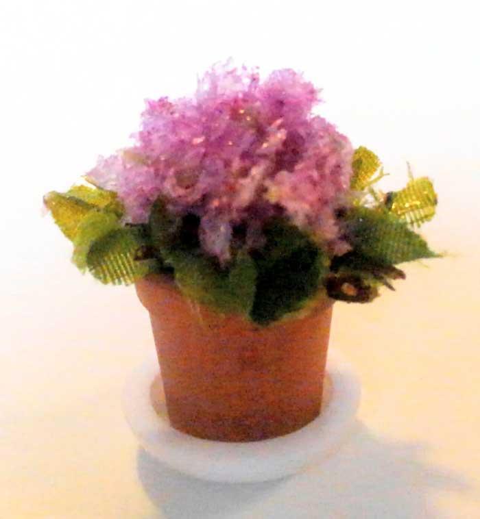 画像1: 鉢植えの花(ピンク)