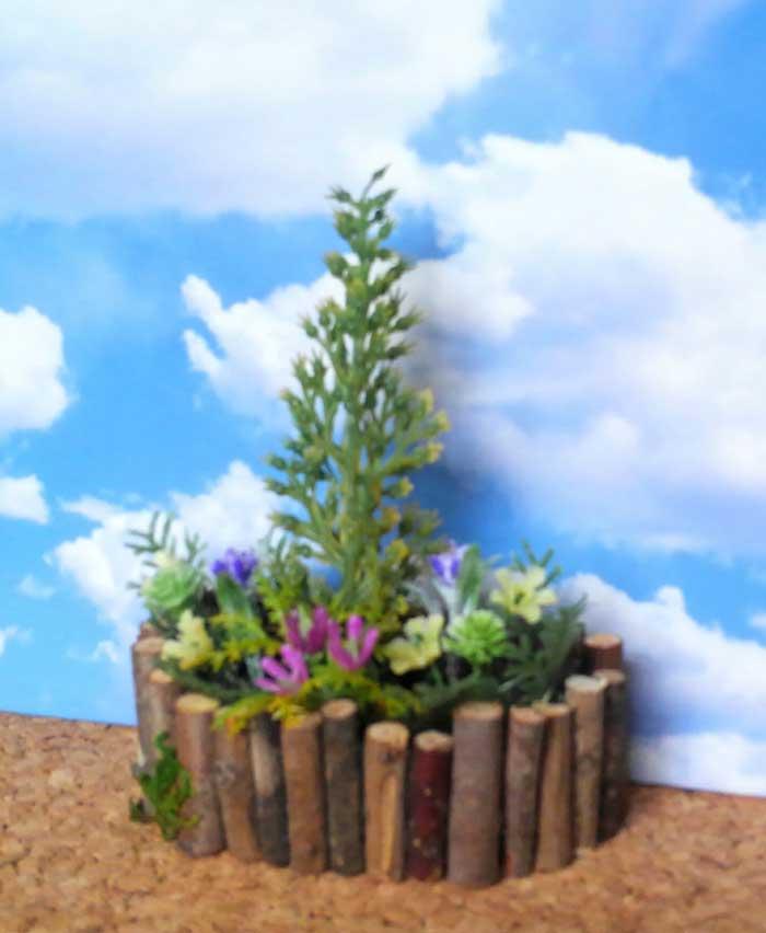 画像2: コニファーの花壇