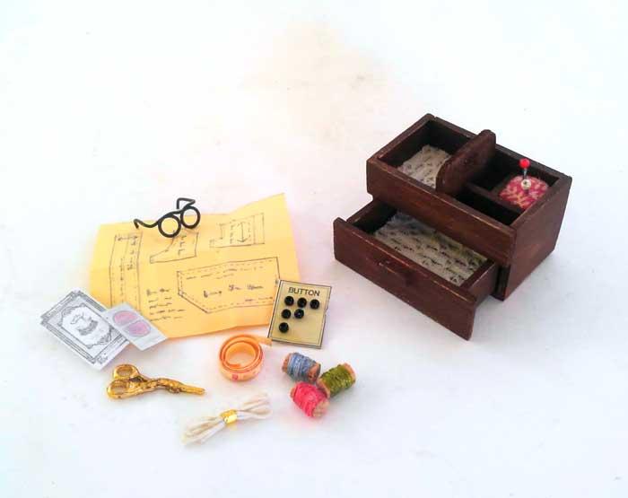 画像3: おばあちゃんの裁縫箱(小物つき)