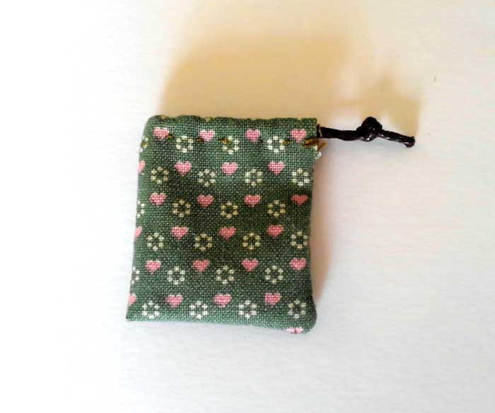 画像1: 巾着袋(グリーン&ピンクハート)