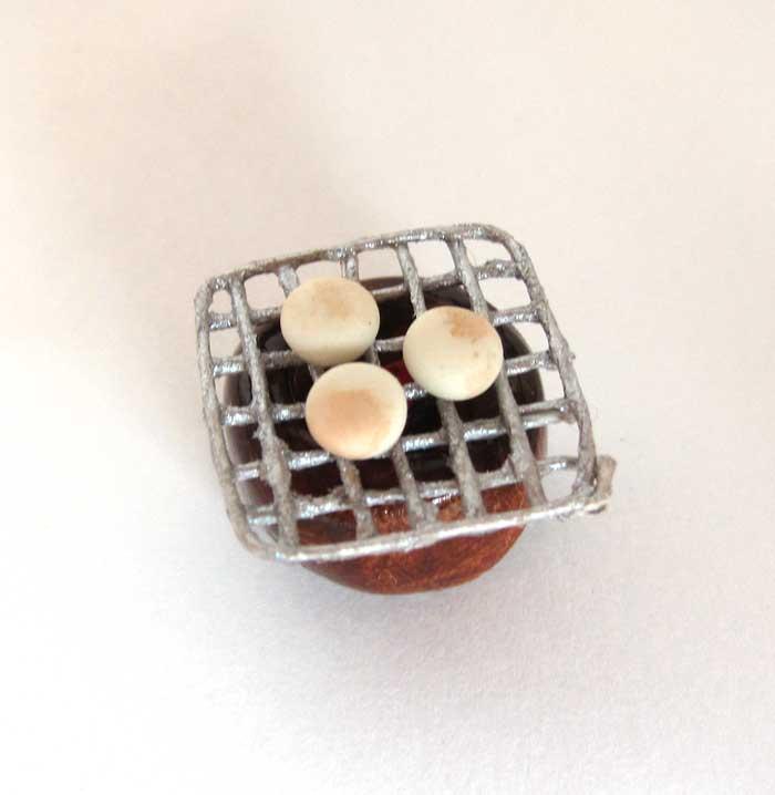 画像1: お餅と火鉢