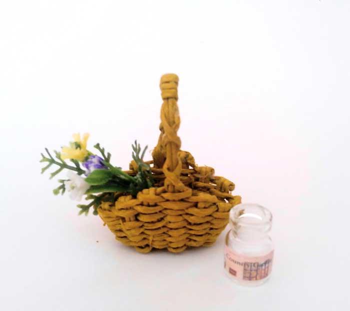 画像1: 花摘みの籠(3色の花)