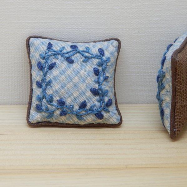 画像1: クッション 刺繍