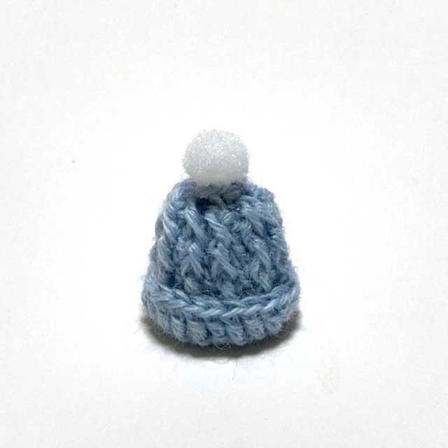 画像1: ポンポンつき ニット帽 (ブルー)